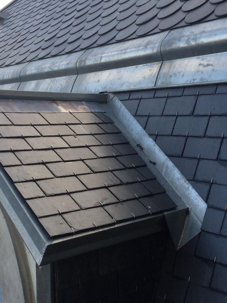 Byland co r fection ardoise toiture couverture for Travail du zinc toiture
